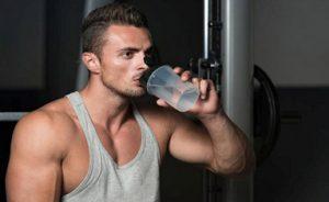 Agua de fortalecimiento muscular